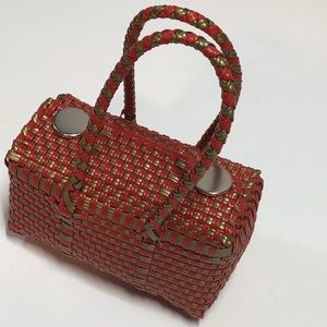Handbags - Adorable red and gold straw bucket purse